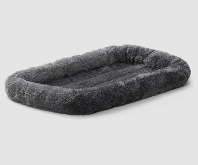 Fluffy's-Luxurious-Dog-Bed-Review